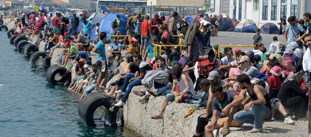 Thousands-of-Syrian-refugees-who-are-trapped-at-the-Mytilene-Port-on-the-island-of-Lesbo