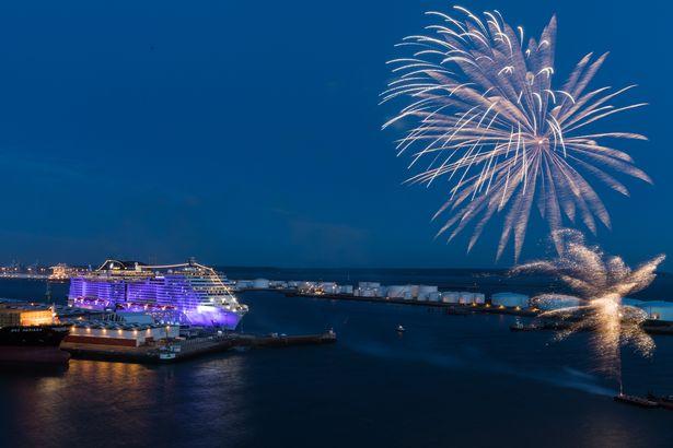 Firework finale to MSC Meraviglia's christening